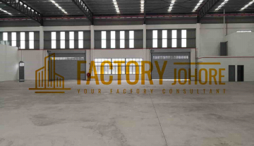 Senai Factory For Rent with empty land