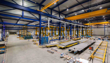 Senai Factory For Sale with 6x Overhead Crane